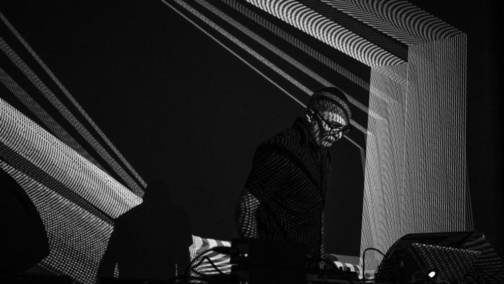 Julien Bayle performs live with black-and-white visualization